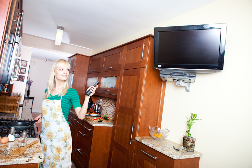 4 Ideas For Installing A Tv In The Kitchen